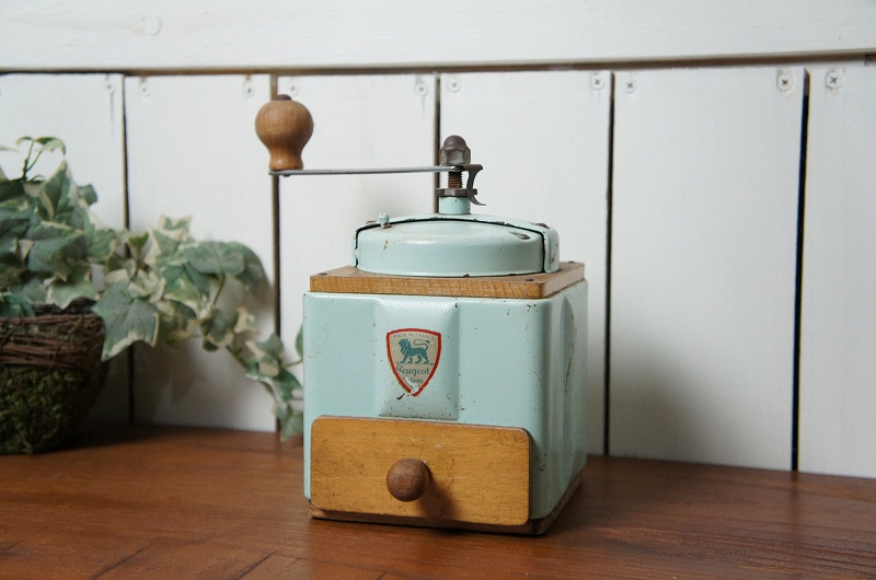 フランスアンティーク プジョー製コーヒーミル
