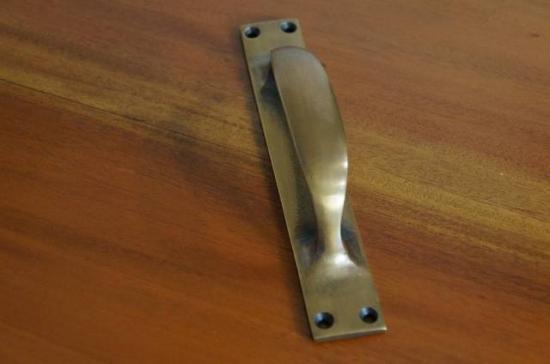 アンティーク調 ドアハンドル 台座一体タイプ 真鍮製