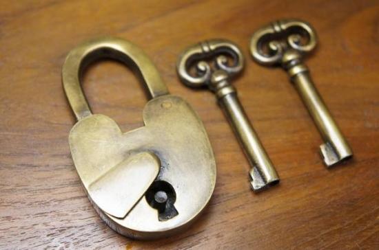 アンティーク調 ブラス 鍵 南京錠 細長 鍵2本付属 パドロック