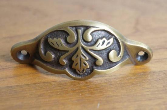 アンティーク調 ブラス 取っ手ハンドル 引き出し用 小 真鍮製