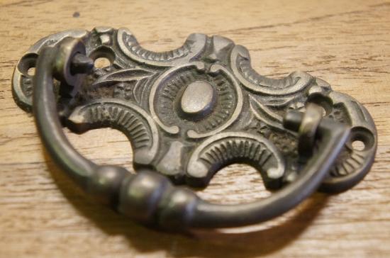 アンティーク調 ブラス 取っ手ハンドル 真鍮製 B