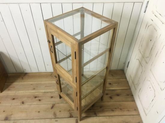 アンティーク調 5面ガラスケース 2段扉 パンケース