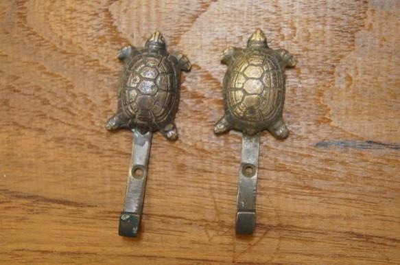 真鍮製 小さな亀の 壁掛け 鍵かけ フック