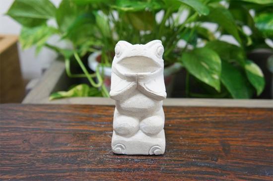 パラス石 石彫り カエル S