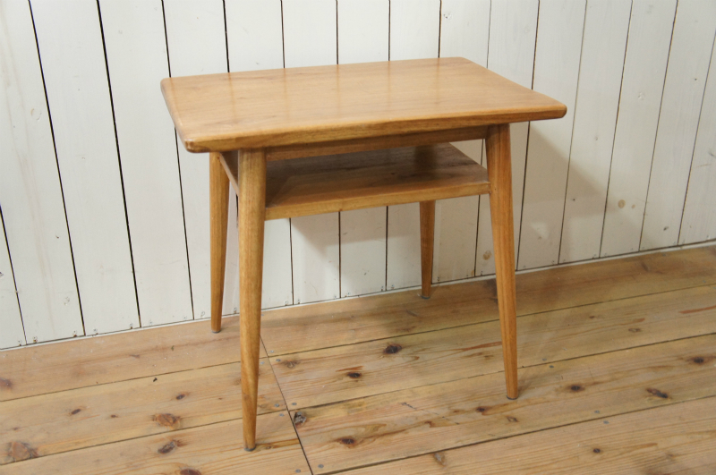 アンティーク調 木製 ベッドサイドテーブル ミンディ無垢