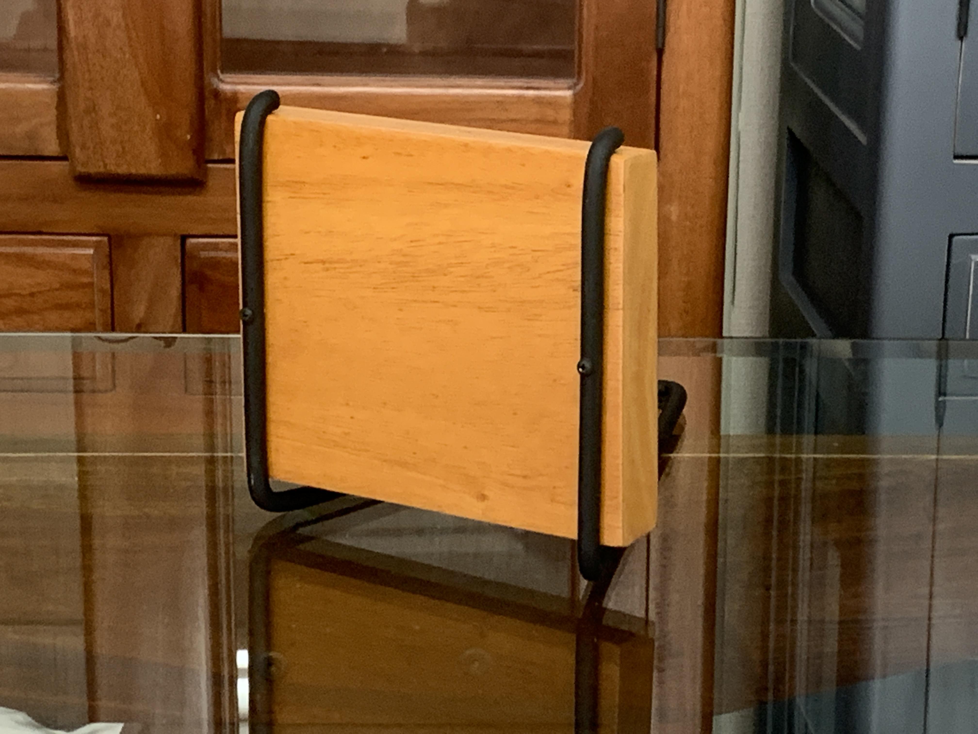 壁掛けウォールシェルフ 木製台座アイアンフレーム